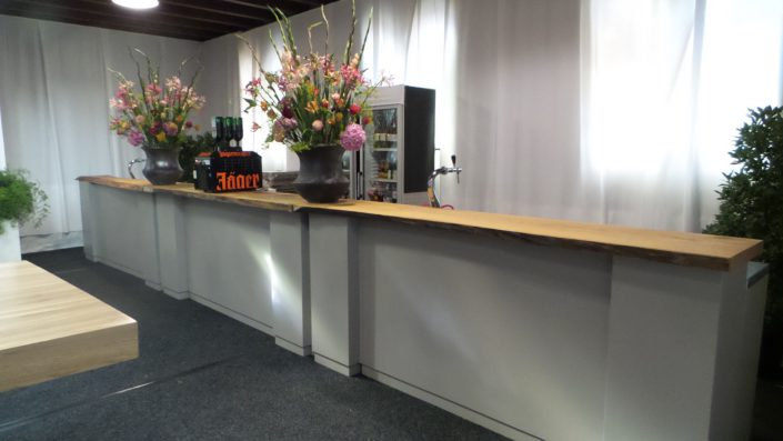 decoratie bar houten meubilair boomstam