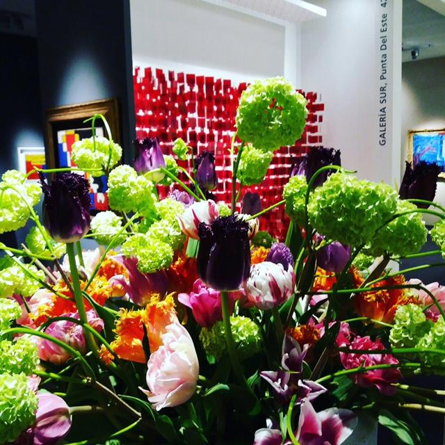 gekleurde franse tulpen met sneuwwbal TEFAF NY Spring