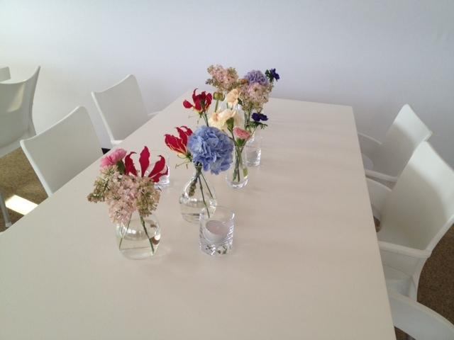 voorjaarsdecoratie tafel