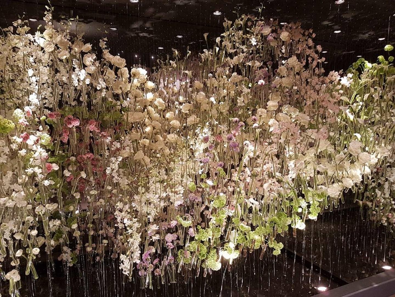 BLoemzee TEFAF 2018 voorjaarsbloemen in buisjes