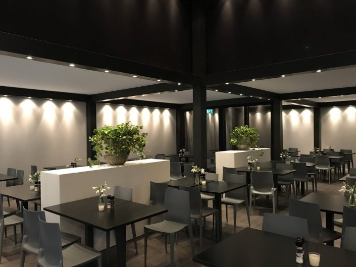 groendecoratie in restaurant PAN